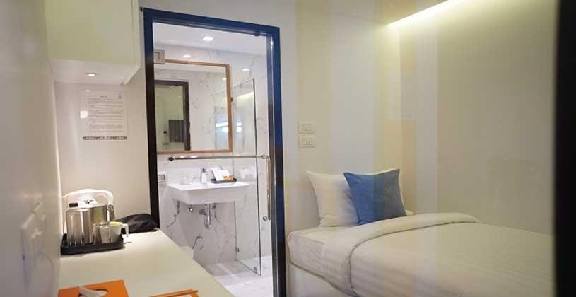 Capsule room